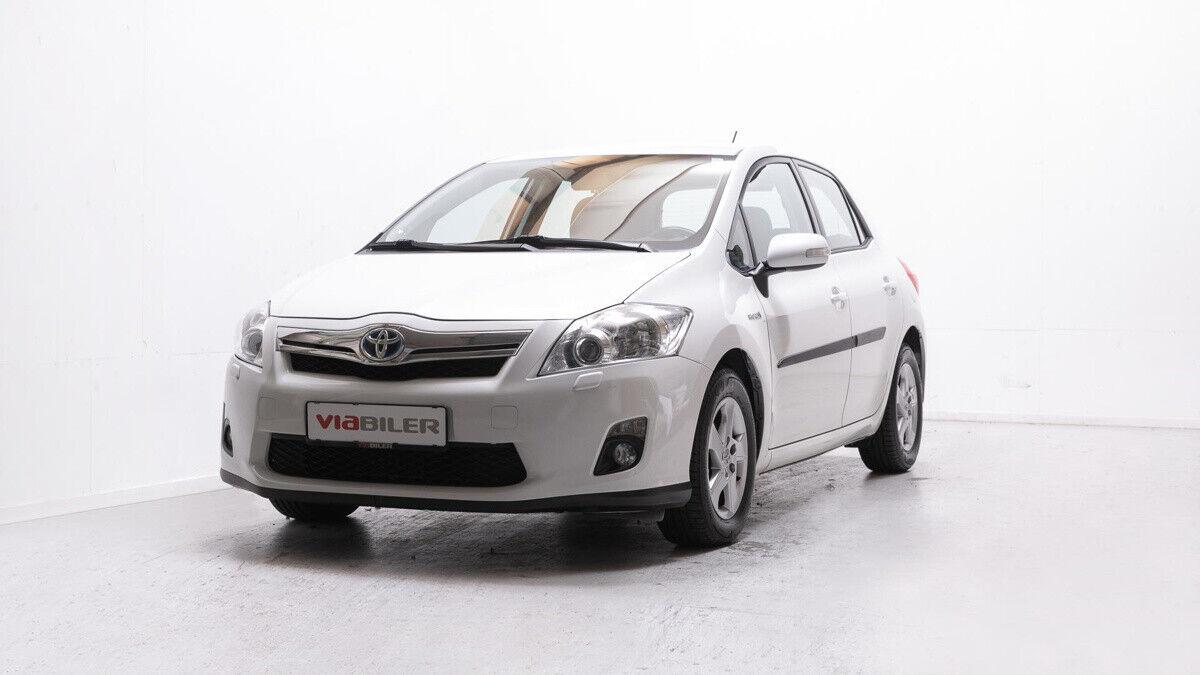Toyota Auris 1,8 Hybrid H2+ CVT 5d