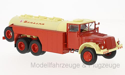 47032 Tatra 111 C Weis autocisterna rosso, 1:43, Premium CLASSIXXS
