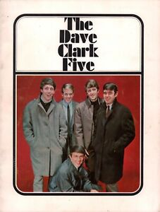 DAVE-CLARK-FIVE-1965-AMERICAN-TOUR-CONCERT-PROGRAM-BOOK-BOOKLET-EX-2-NEAR-MINT