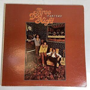 Vintage - THREE DOG NIGHT - Vinyl LP - It Ain't Easy - DS 50078 Dunhill 1970 VG