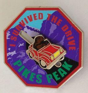 Pikes-Peak-4WD-Jeep-Slider-Pin-Badge-034-I-Survived-The-Drive-034-Rare-Vintage-J8