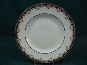 Wedgwood-Medici-Pattern-R4588-Bone-China-Salad-Plate-s
