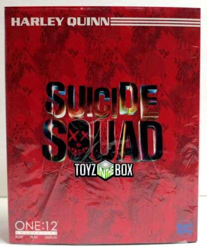 "In STOCK Mezco Toyz One 12 DC /""Harley Quinn/"" Action Figure Suicide Squad"