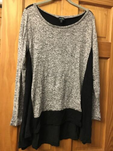 Olian Lightweight Long Sleeve Black and White Maternity Sweater Size M/L
