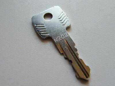 Thule Schlüssel N102 N 102Ersatzschlüssel für Heckträger Dachboxen Dachträger