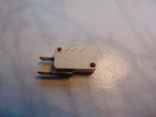 Schalter Mikroschalter für  Spülmaschine Bitron Type S3 T125 2 Kontakte