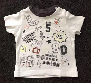 * Magnifique Bébé Garçons T-shirt - 0-3 Mois-muscade-très Bon état *-afficher Le Titre D'origine