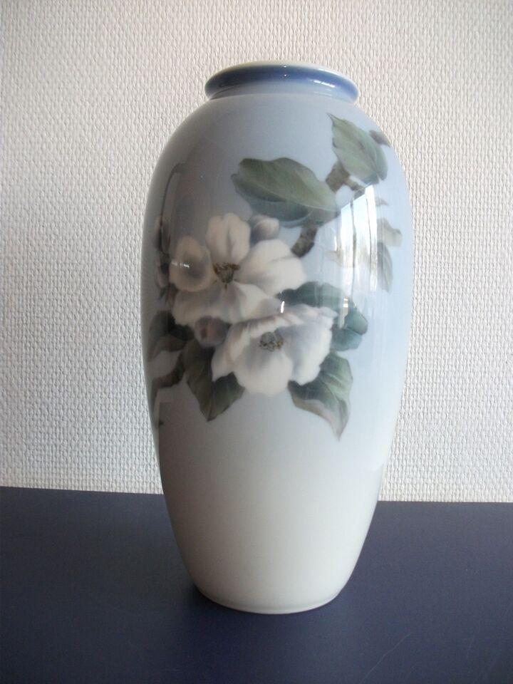 kongelig porcelæn vaser
