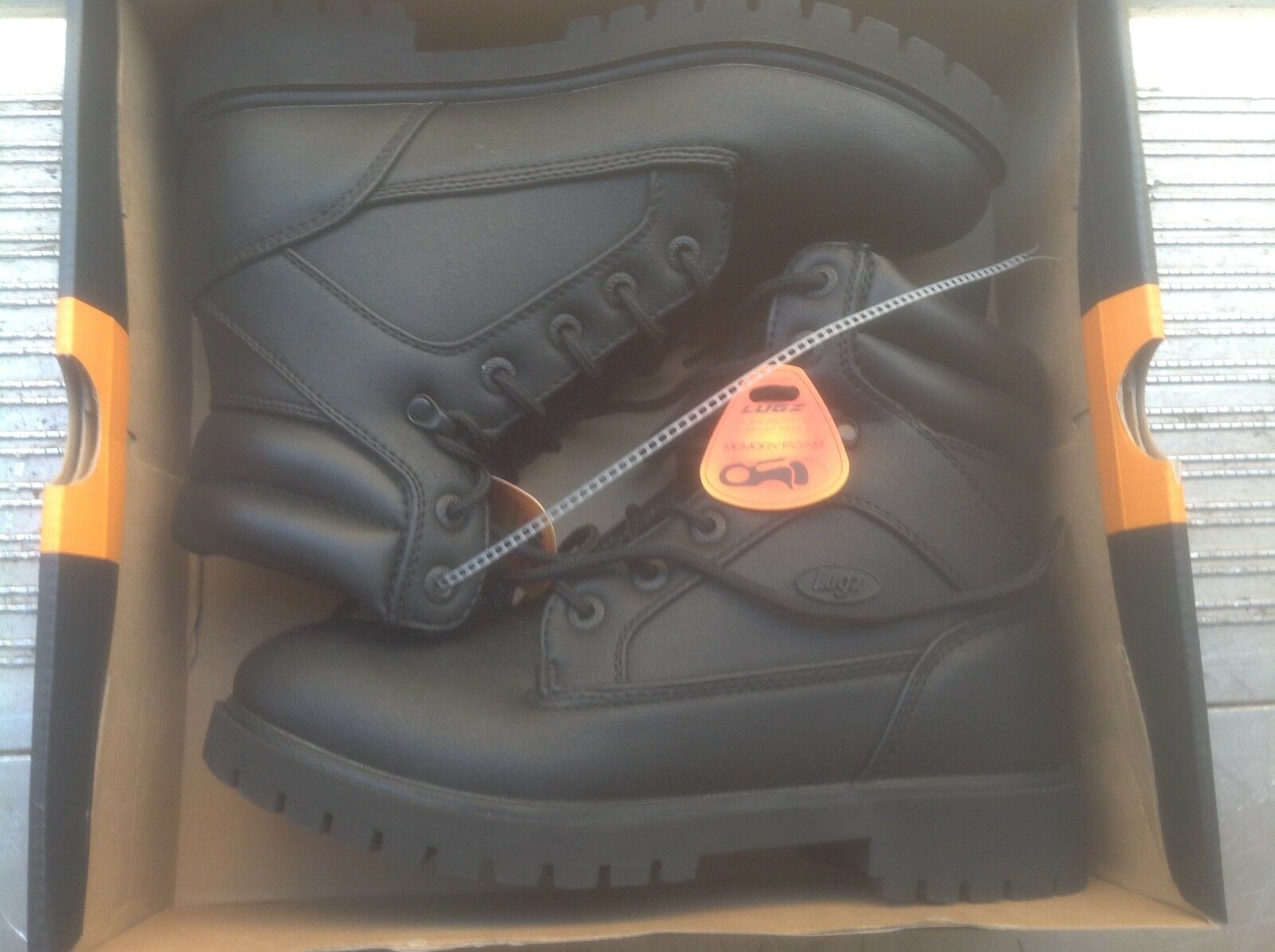 Lugz men's boots mtactspv-001 brand new size 8.5 without box