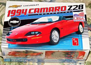 AMT-1-20-1994-Camaro-Z28-Plastic-Model-Kit-AMT1030-CAR-NEW-SEALED-TOY-ADULT
