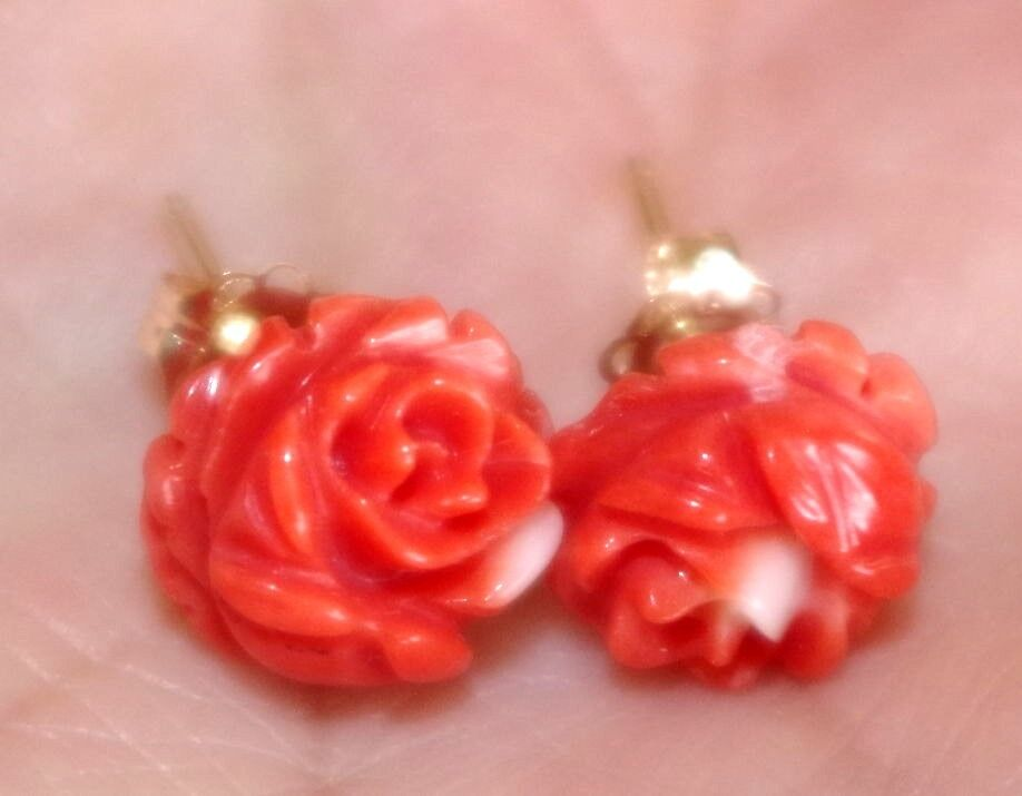 HANDMADE ITALIAN 14K RED CORAL CALIBRATED 10MM  CARVED pink FANCY STUD EARRINGS