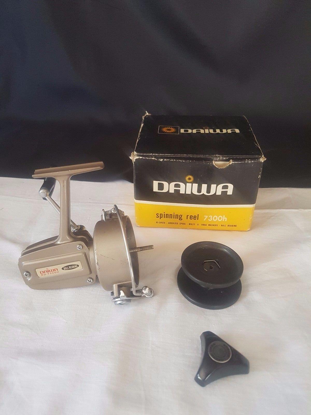 DAIWA 7300h 7300h 7300h Spinning Reel Fishing 44dc9e