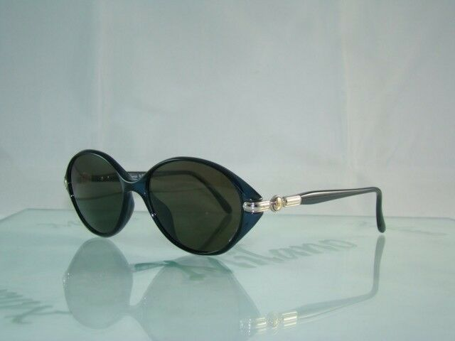 CLEARANCE PRICE...BURBERRY B 8276 2GV CRYSTAL BLUE OVAL SHAPE VINTAGE Sunglasses