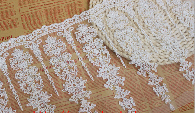 "1 yard Lace Trim Ivory Tulle Retro Embroidery Floral Wedding Bridal 11.8"" width"