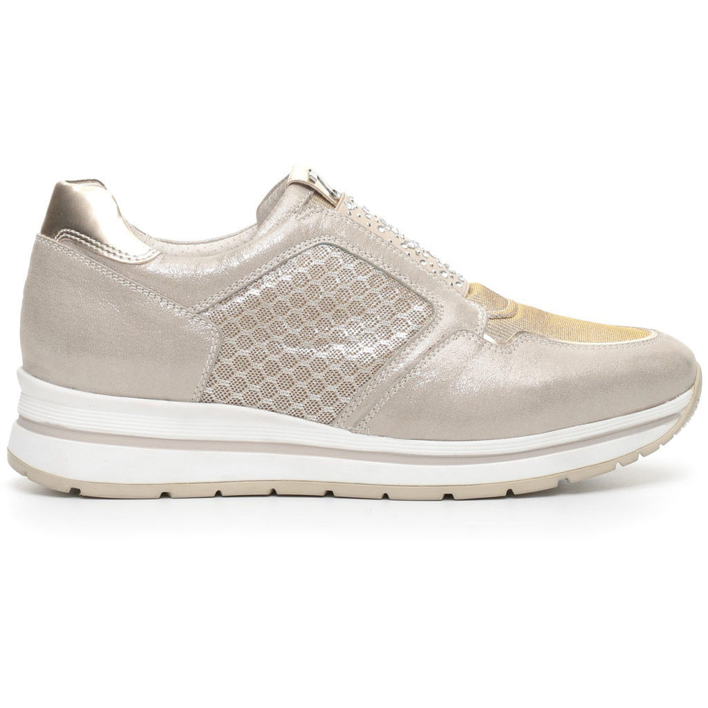 Sneakers-Athletic shoes are p717231d WOMAN NEW COLLECTION