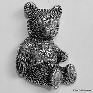 Teddybär Zinn Brosche Pin Britisch Artisan Unterzeichnet Abzeichen Gefülltes Bär