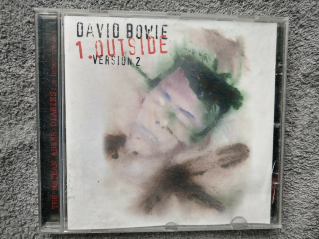 David Bowie: Outside, rock, Version 2