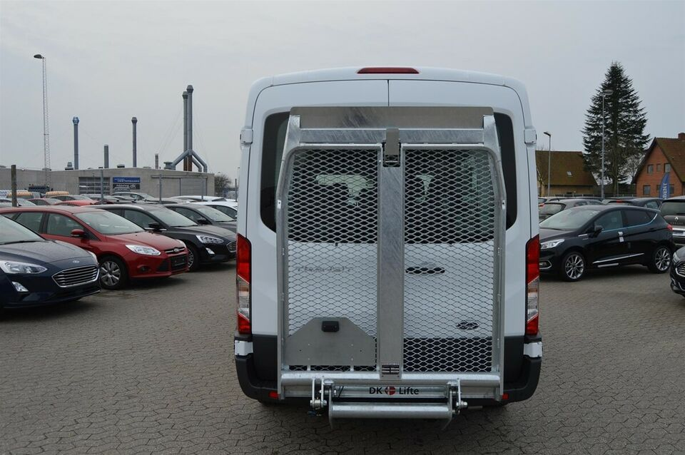 Ford Transit 350 L2 Kombi 2,0 TDCi 130 Trend aut. H2 FWD,