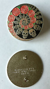 GRATEFUL-DEAD-1989-Lapel-Pin-DeadHead-SKULL-amp-ROSES-SPIRAL-lapel-pin-Relix