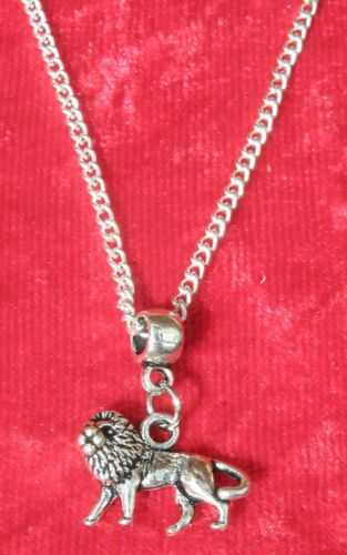 """18/"""" or 24 Inch Chain Necklace /& Lion Pendant Charm Animal Lovers Gift Souvenir"""