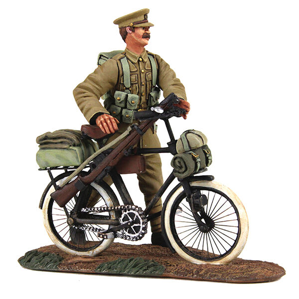 BRITAINS SOLDIERS 23084 - 1914 British Infantry Pushing Bicycle WW1