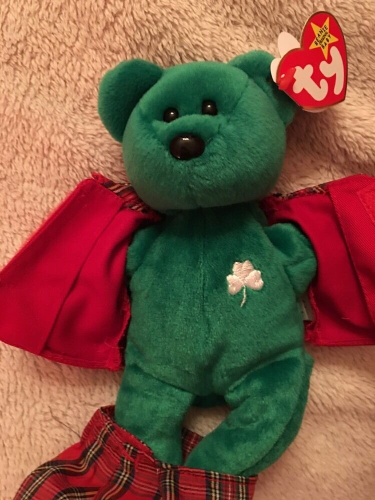 The Beanie Babies Collection Collection Collection  Erin  New With Tags In Collector's Case b9c525