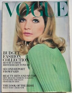 1967 British rtw VOGUE 60s vintage Bailey Twiggy Helmut Newton Paris September