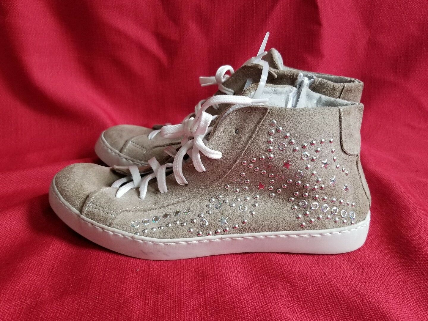 MARCO femmes  Suede High Top Studded Sneackers
