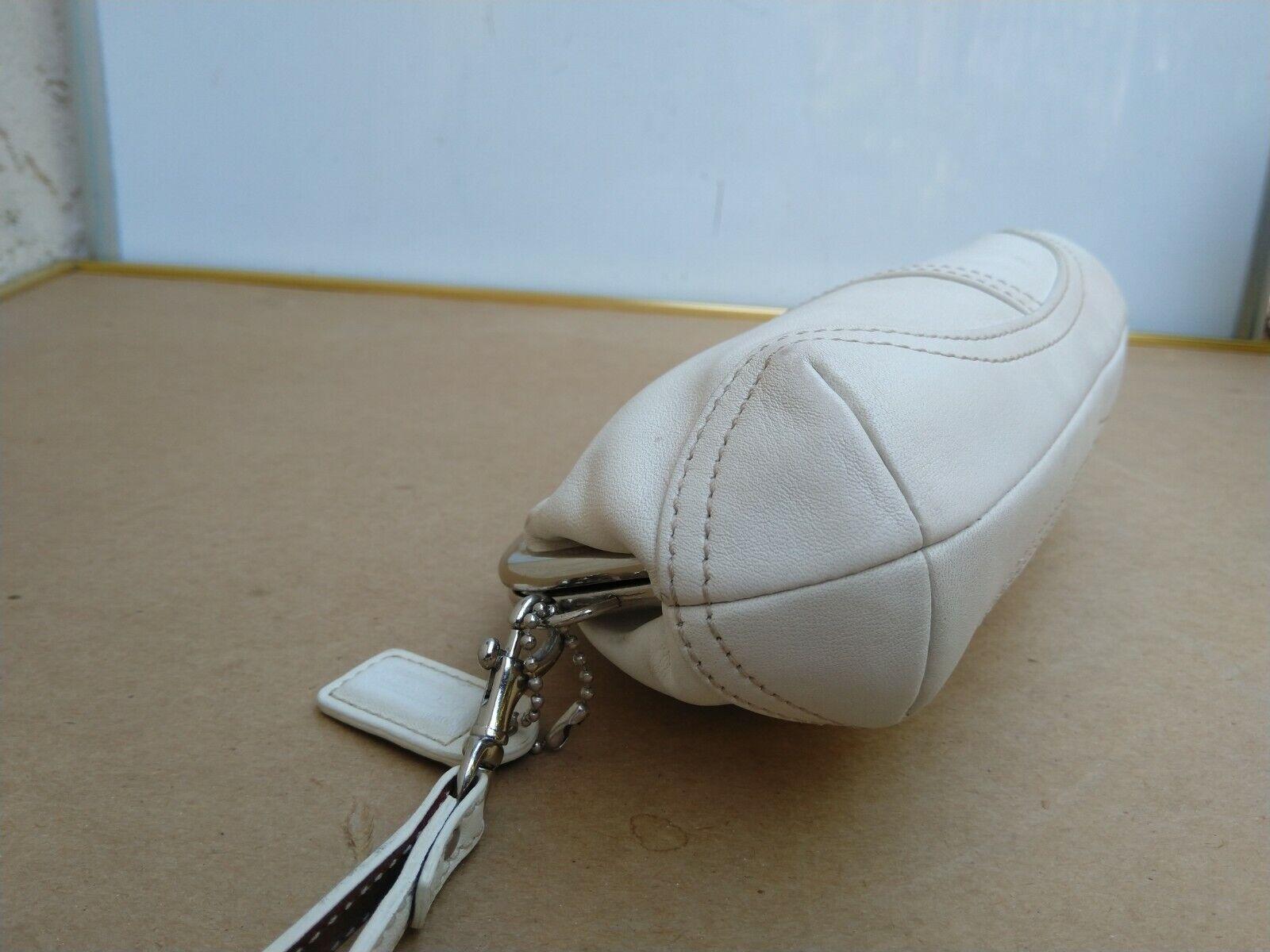 Coach Vtg Soho Kisslock Ivory Leather Framed Wris… - image 7