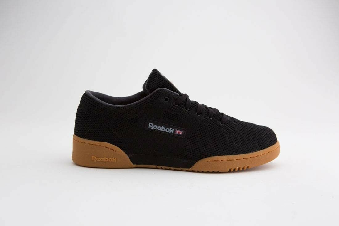 125.00 Reebok Men Workout Clean OG Ultraknit black meteor grey excellent red gu