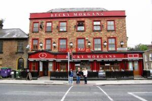 PHOTO-PUB-2011-DUBLIN-BECKY-MORGANS