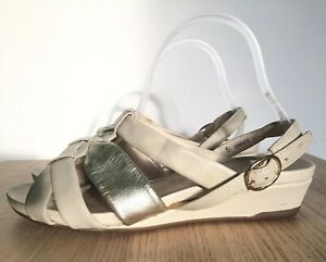 38 Ivory Gold Wide Fit Flat Leather G