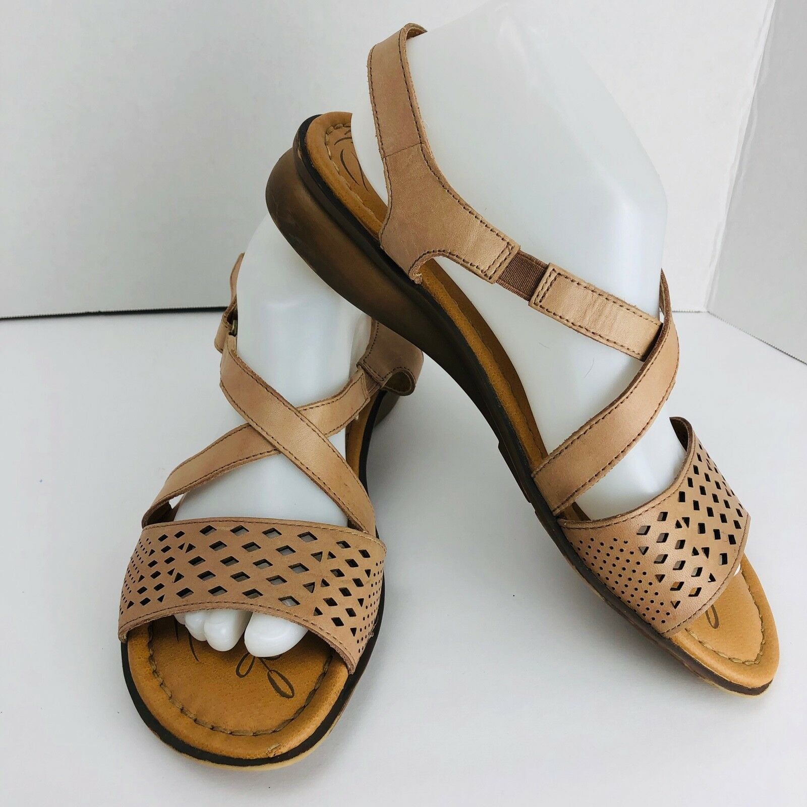 8b017115f2a3 Naturalizer Janessa Gingersnap Beige Leather Strappy Sandals Size 10 ...