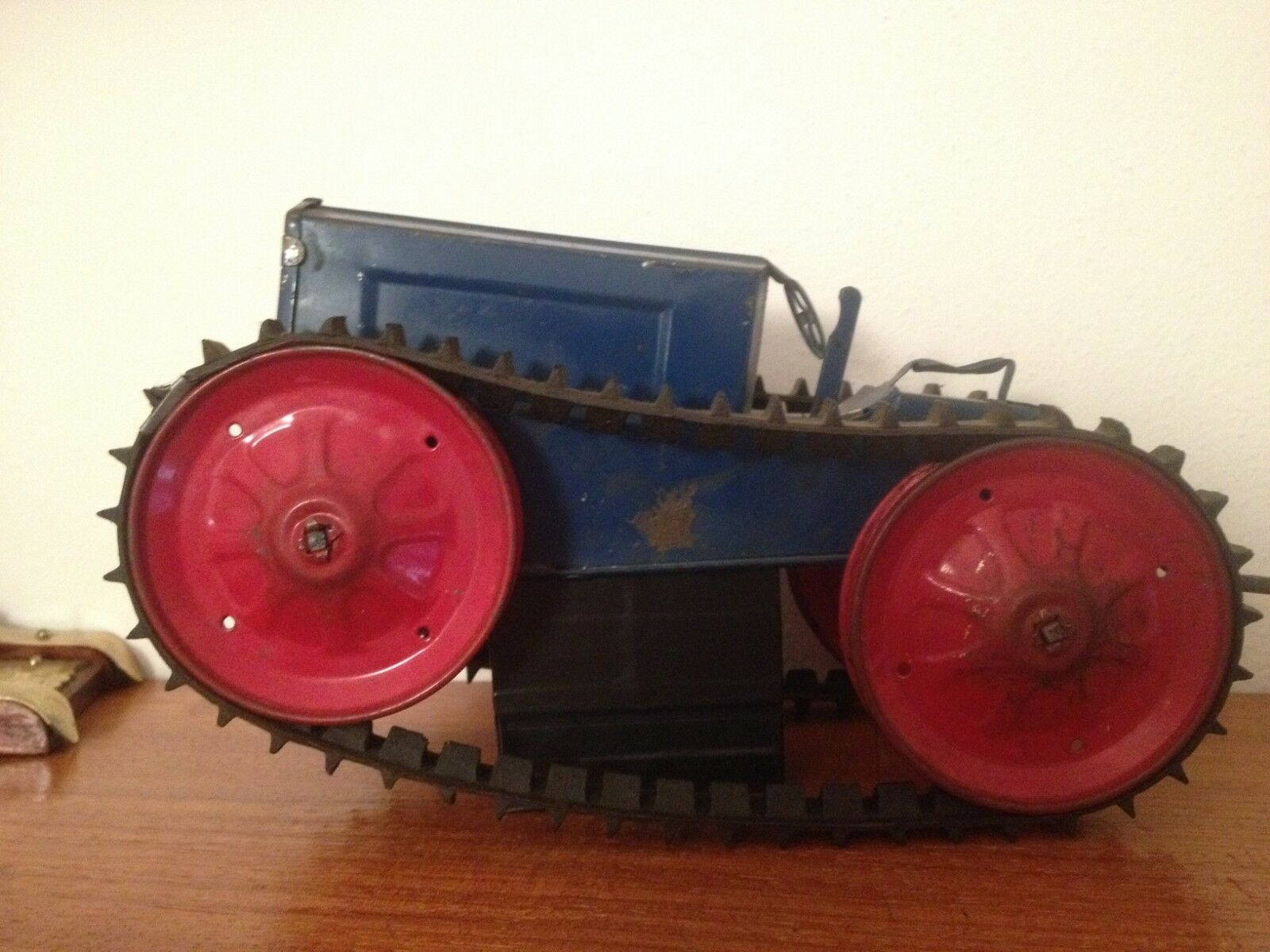 Trattore in latta carica a molla Woodhaven 1916 made U.S.A.  tractor tin toy