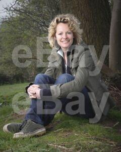 Springwatch-TV-Kate-Humble-10x8-Photo