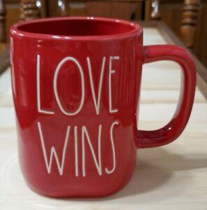 New-Rare-HTF-Rae-Dunn-Red-Valentine-Mug-LOVE-WINS-LL-Magenta