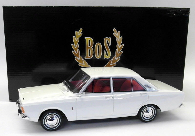 BOS 1 18 Scale Resin - BOS028 Ford Taunus 17M P7a blanc