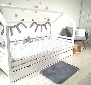 kinderbett kinderhaus mit bettkasten kinder holz spielbett. Black Bedroom Furniture Sets. Home Design Ideas