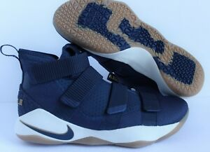 b142997ed05e NIKE LEBRON SOLDIER XI MIDNIGHT NAVY-METALLIC GOLD SZ 11  897644-402 ...