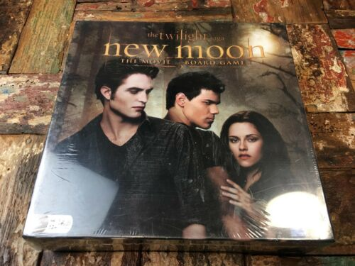 The Twilight Saga New Moon Board Game Brand New and Sealed