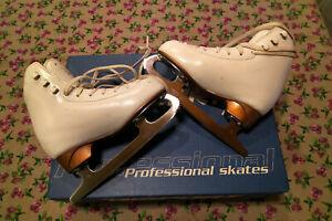 Pattini da ghiaccio in pelle Risport Artistico mod. Antares