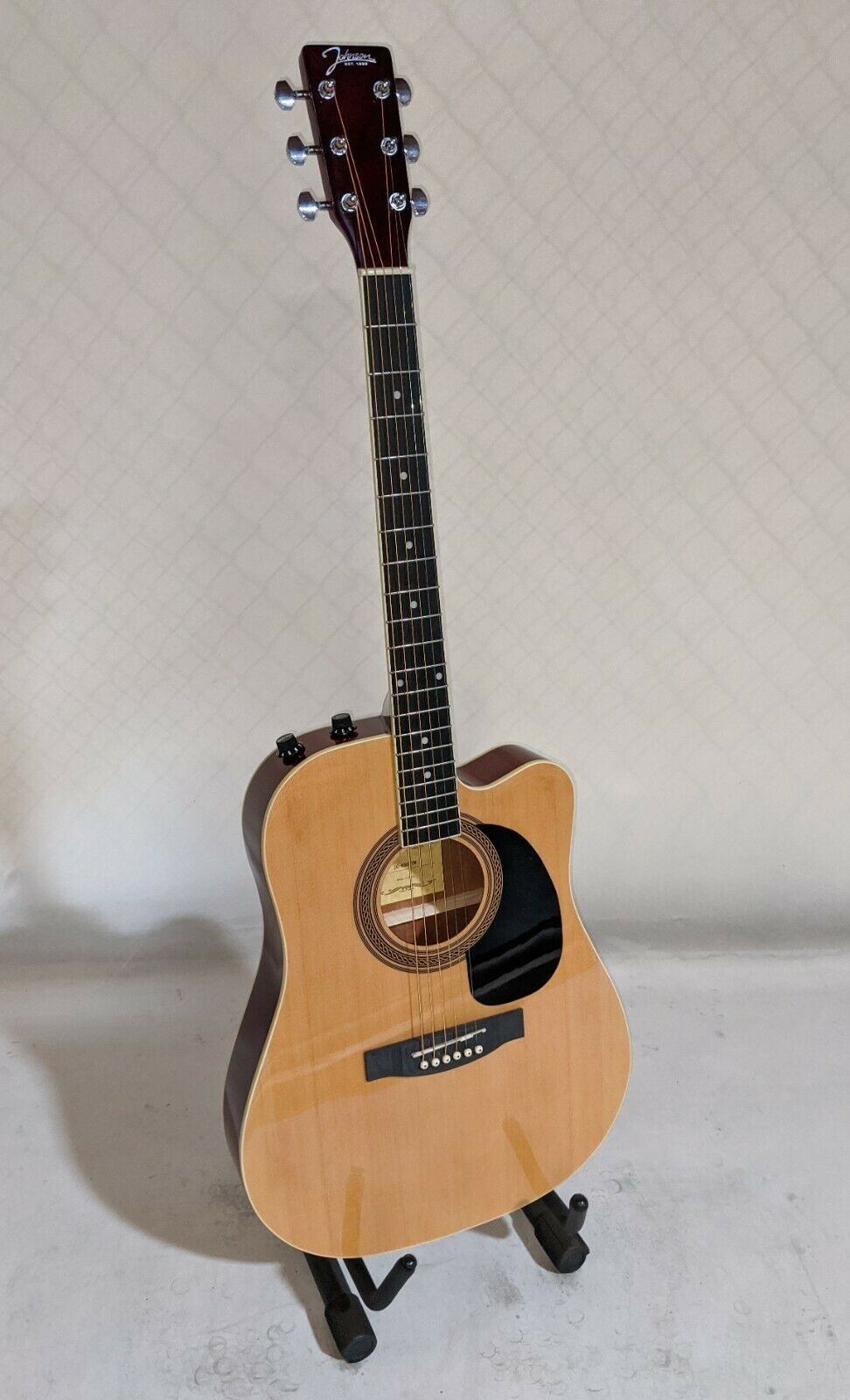 s l1600 - Johnson JG-650-TN Thinbody Acoustic Electric Guitar, Natural