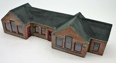 Detailed Model Railway Station For Ho / Oo