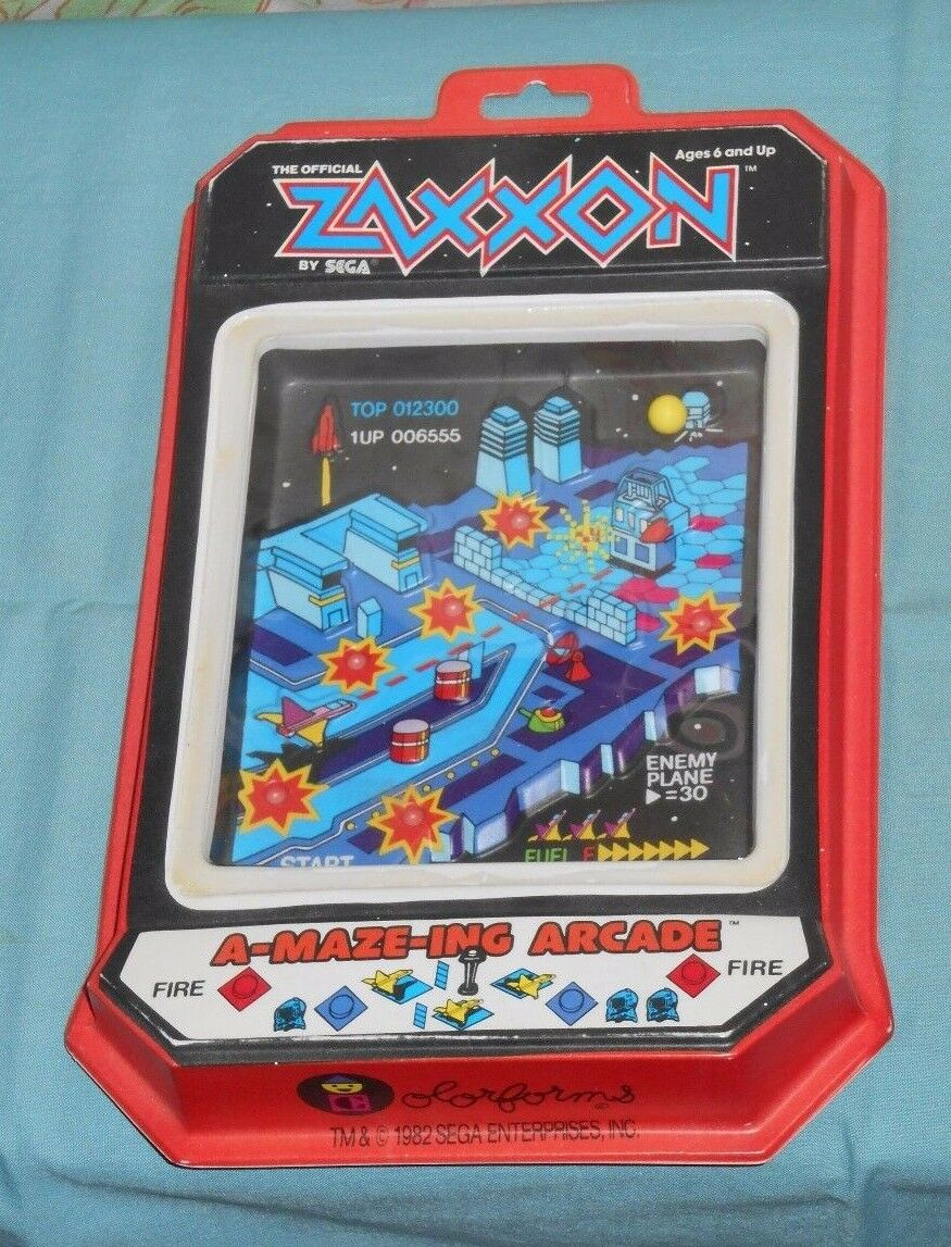 Vintage ZAXXON A-MAZE-ING ARCADE game