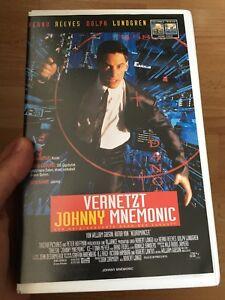 Vernetzt-Johny-Mnemonic-VHS-Kassette-FSK-18-Grosse-Huelle
