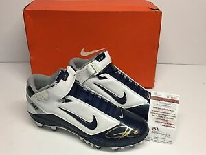 LaDainian Tomlinson Signed Nike LT Super Bad Football Cleats Shoe *HOF JSA