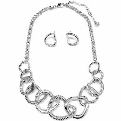 Stunning fashion jewellery silver colour chunky quirky linked choker necklace
