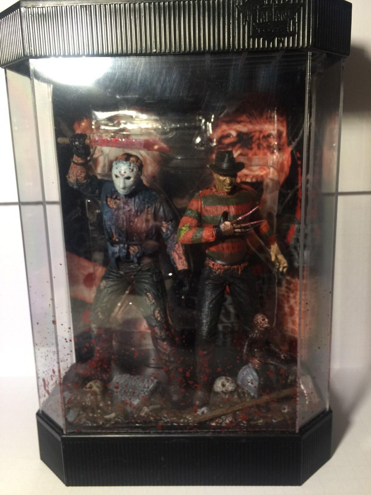 Mcfarlane movie maniacs Freddy Vs Jason Fish Tank Figures