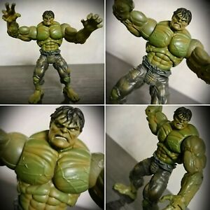 Marvel-Legends-The-Incredible-Hulk-Movie-Limited-Edition-Hulk-Action-Figure-Rare