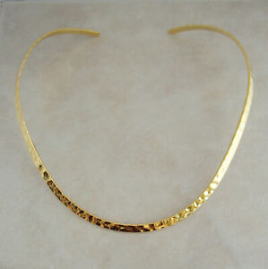 gold-neckwire-necklace-choker-plated-plain-hammered-base
